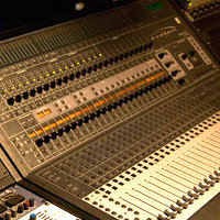 3 Differences Between Live and Studio Mixing