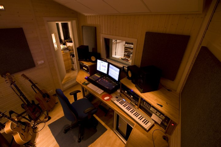 1 make it quiet - Home Recording Studio Design Plans