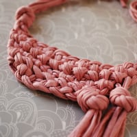 Knotted neckpiece preview 200