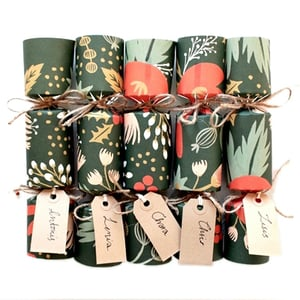 400px final image xmas crackers