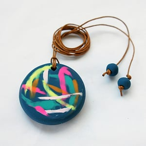400px painterly necklace step15 admire finished necklace