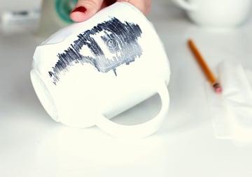 paint mug-1-5-draw over