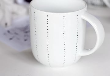 paint mug-3-2-geometric design
