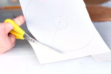 step2-cut the circle