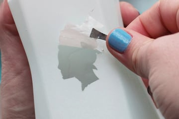 silhouette vases-remove stickers