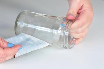silhouette vases-removelabel