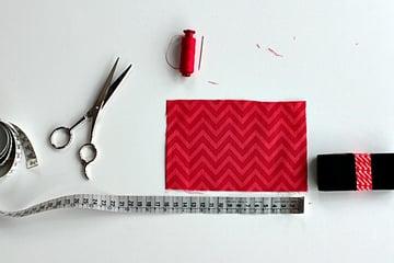 pencil case tutorial-cut fabric