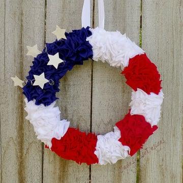 4th of July Flag Wreath Tutorial