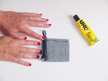 glue and roll tassel