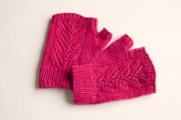 knitting_lacemitts_blocked