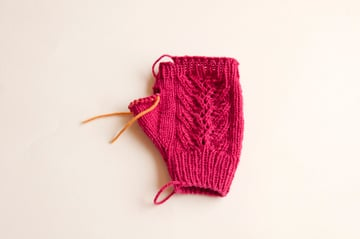 knitting_lacemitts_right_topcuff