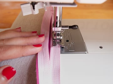 stop needle in fabric