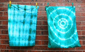 Revamp your bedding with tie dye by Kitiya Palaskas on Crafttuts+