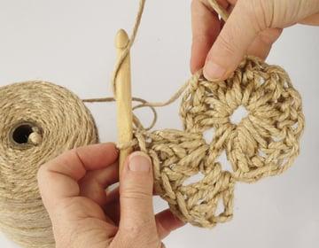 crochet-jute-wallhanging-10round3