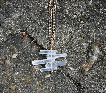 crystal-pendant-necklace