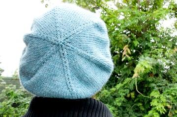 knitting_cableberet_finished3_sm