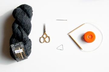 knitting_beanie_supplies