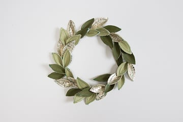 How to make a Christmas wreath using leather