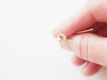 Heart-shaped-earrrings-bending-wire
