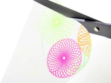 Spirograph-Easter-Eggs-cut-the-egg