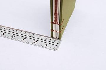 wraparound-case-measure-book-thickness