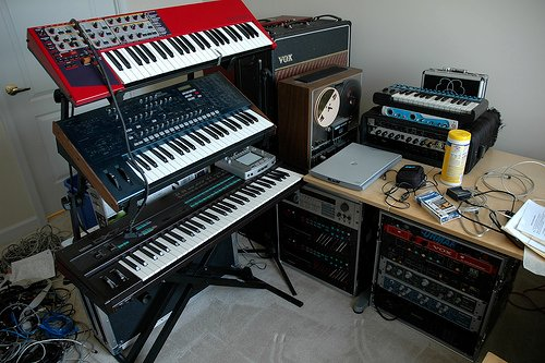 conclusion-synths-on-stands