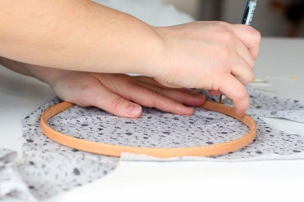 STEP1-DRAW A CIRCLE-pin cushion