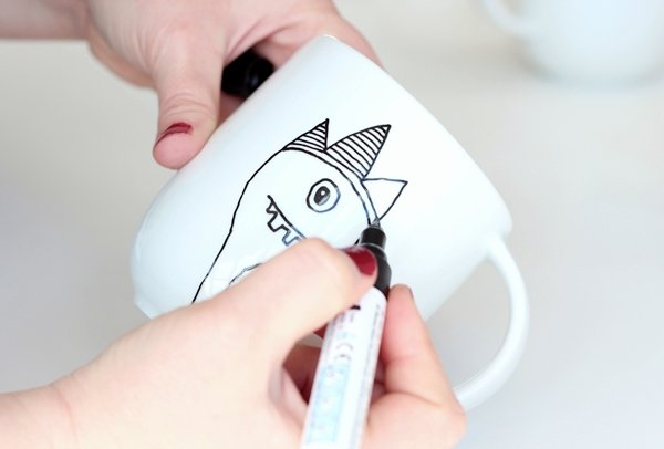 paint mug-2-4b-add details