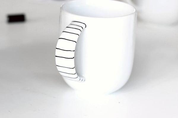 paint mug-2-5b-lines