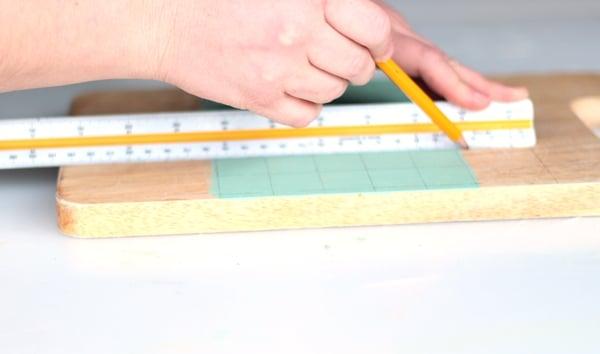 calendar tut- step 4-divide in squares