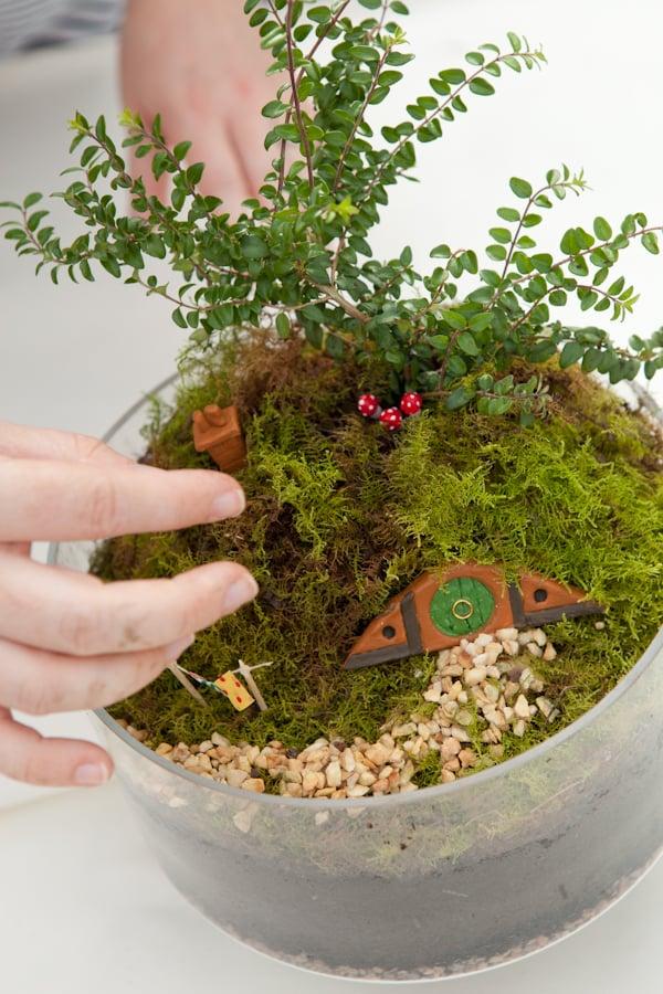 Make Your Own Hobbiton Miniature Garden via Crafttuts+