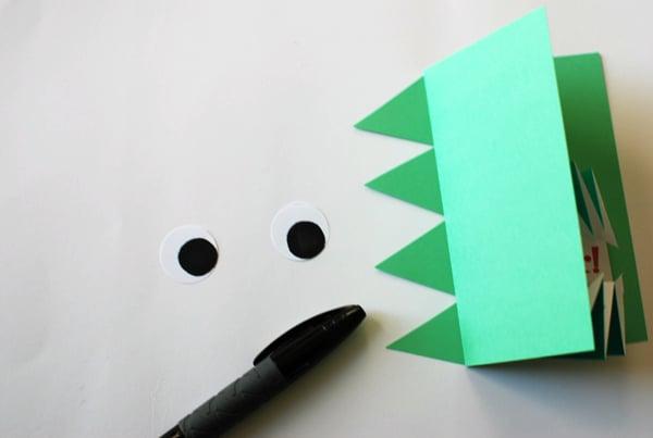 origami_dinosaur_invite_step-23