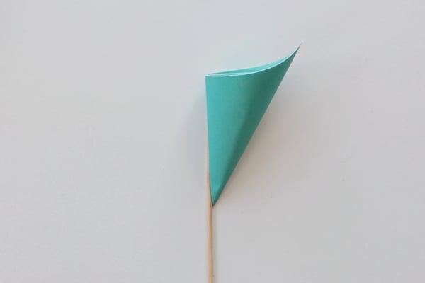 paperflowers-1d-glue on stick