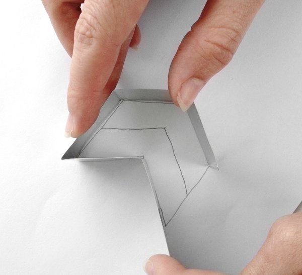 cookie-cutter-form-cutter-last-side