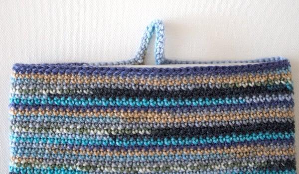 marinke-slump_crochet-tablet-sleeve_step12