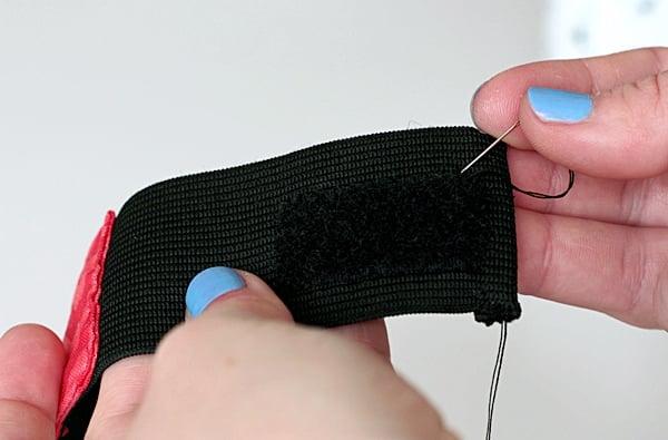 pencil case tutorial-sew velcro and fabric on elastic