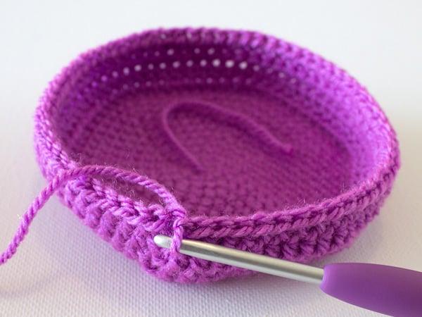 marinkeslump_crochetnestingbaskets_step16