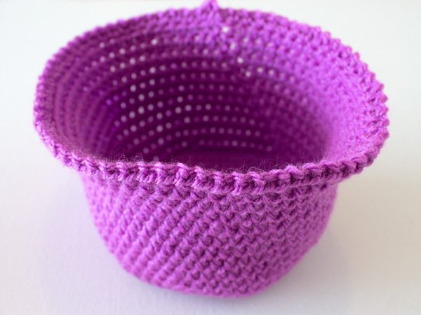 marinkeslump_crochetnestingbaskets_step24