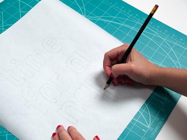 printed-cushion-draw-design
