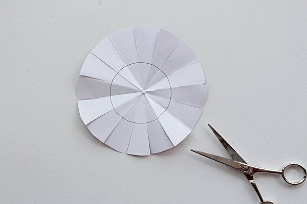 41-flower2b-cutb-paper flowersb