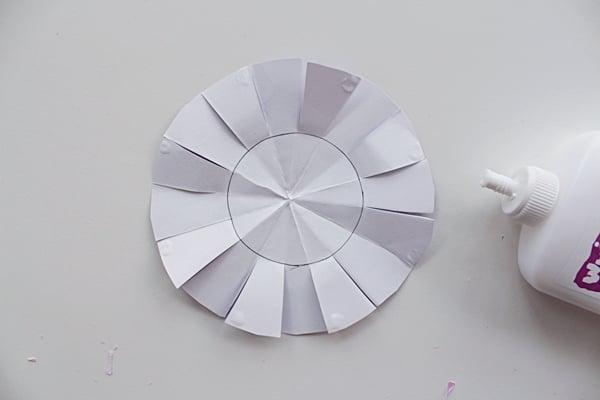 43-flower2b-glue-a-paper flowersb