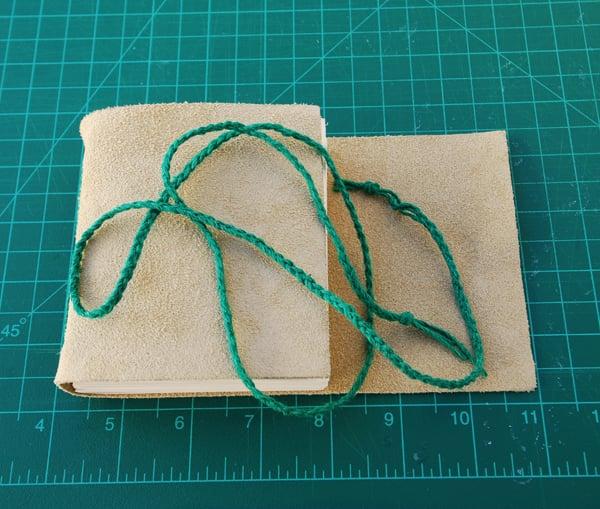 Braid 6 strands of linen thread