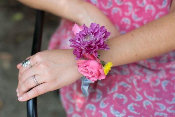 flower-bun-wrap-as-bracelet