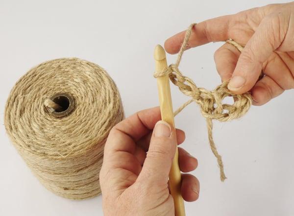 crochet-jute-wallhanging-05round2