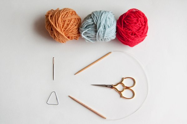 knitting_headband_supplies