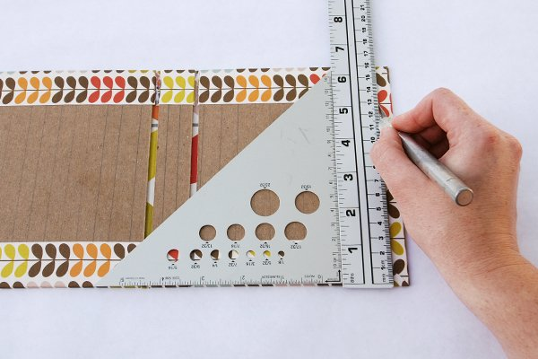 wraparound-case-make-cuts-on-right-edge