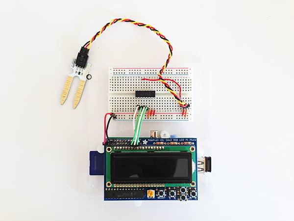 Wiring up the moisture sensor