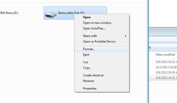 Selecting an SD card to format