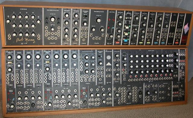 moog-modular-Kimi95-wikipedia