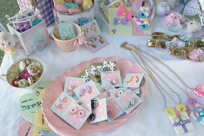 Market stall image from Heartbreaker blog.